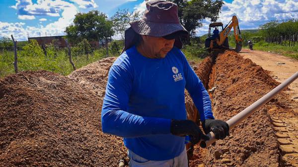 Bairro Bodelândia recebe novas melhorias na rede de distribuição de água em Oeiras